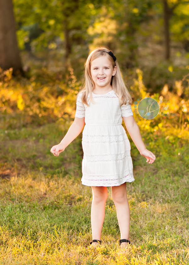 Nora is 5 years old! Child and Family Photographer ...  Nora is 5 years...